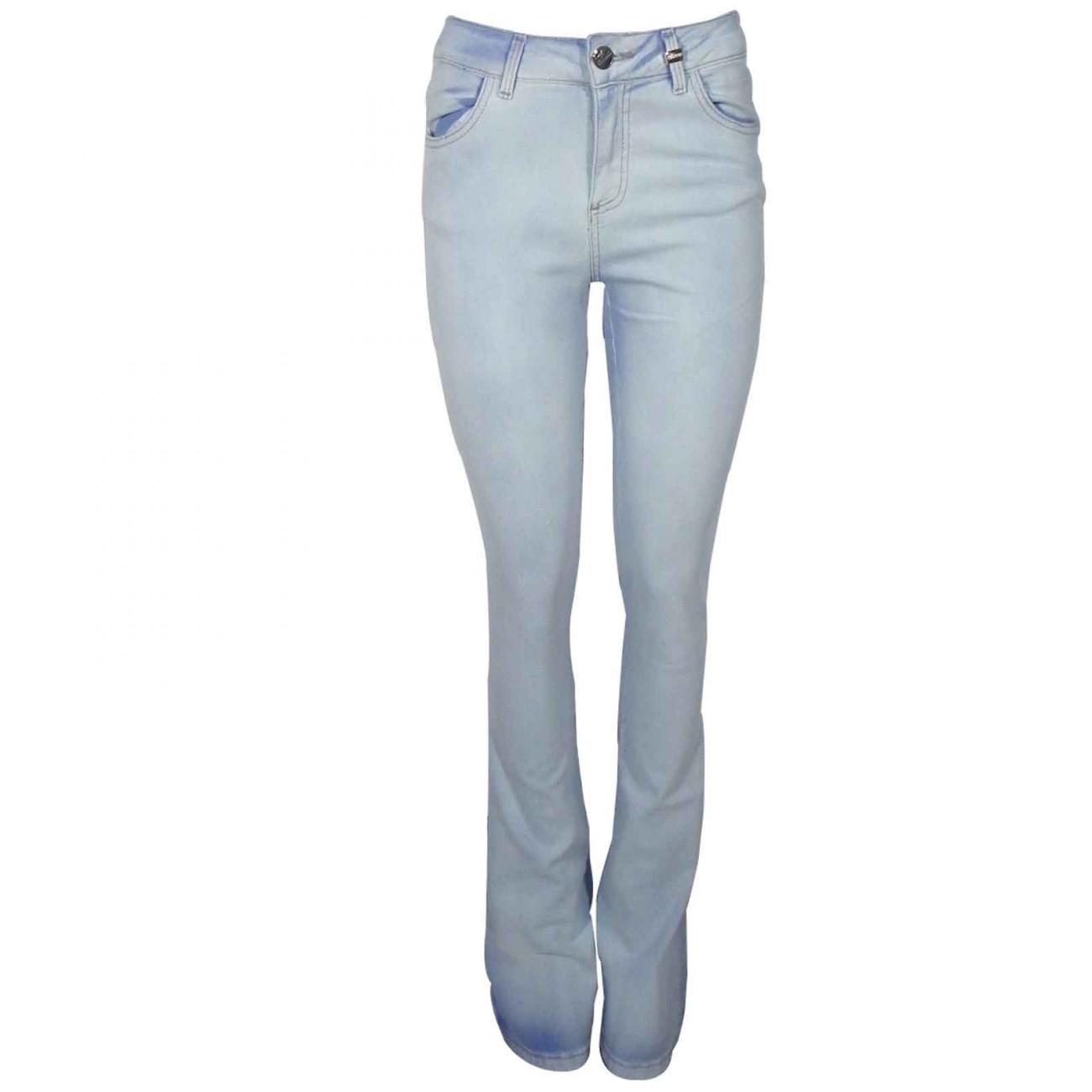 b16643c43 Calça Jeans Feminina Flare Cós Alto Chopper - Cor Jeans Claro - Pole ...